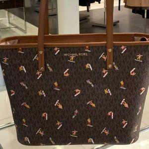 Michael Kors Jet Set Travel MD TZ Zip-Top brown